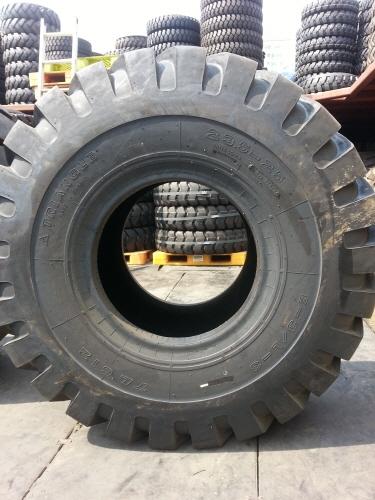 TRI 235-25 24PR TL612 (2)